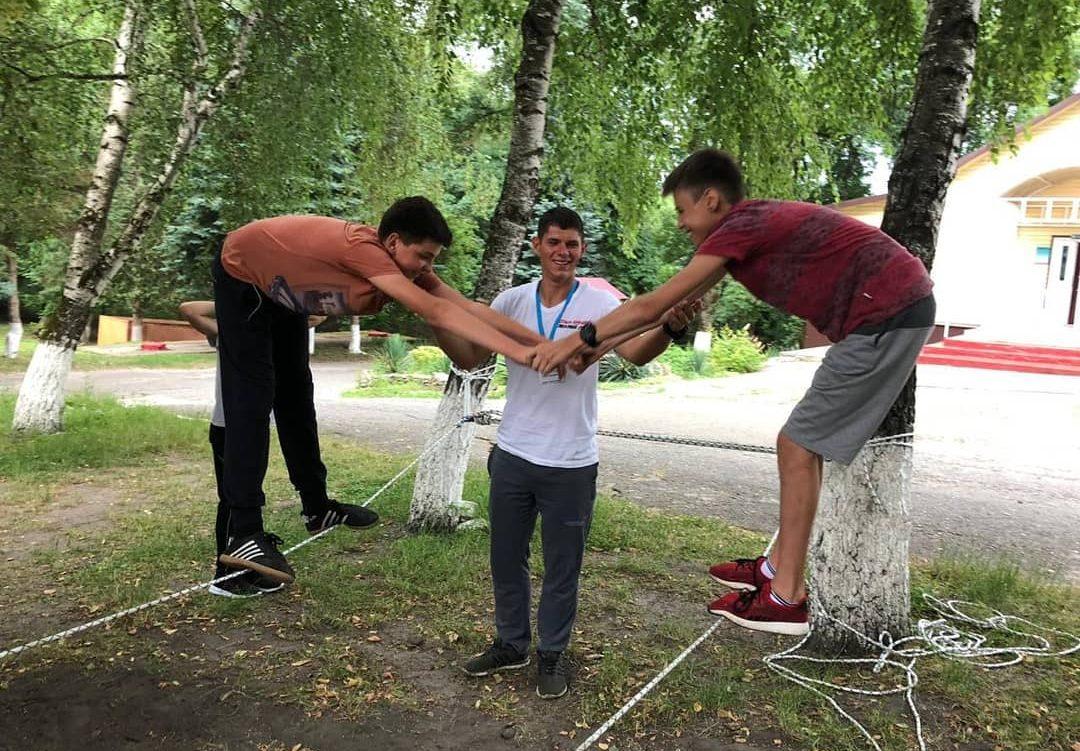 Более 100 новых интересных знакомств в лагере «Траектория»