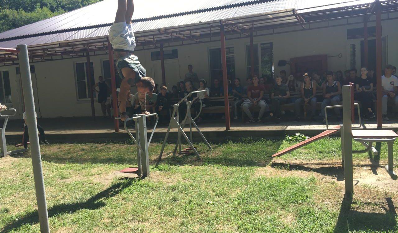 На базе молодёжного лагеря «Траектория» много гостей