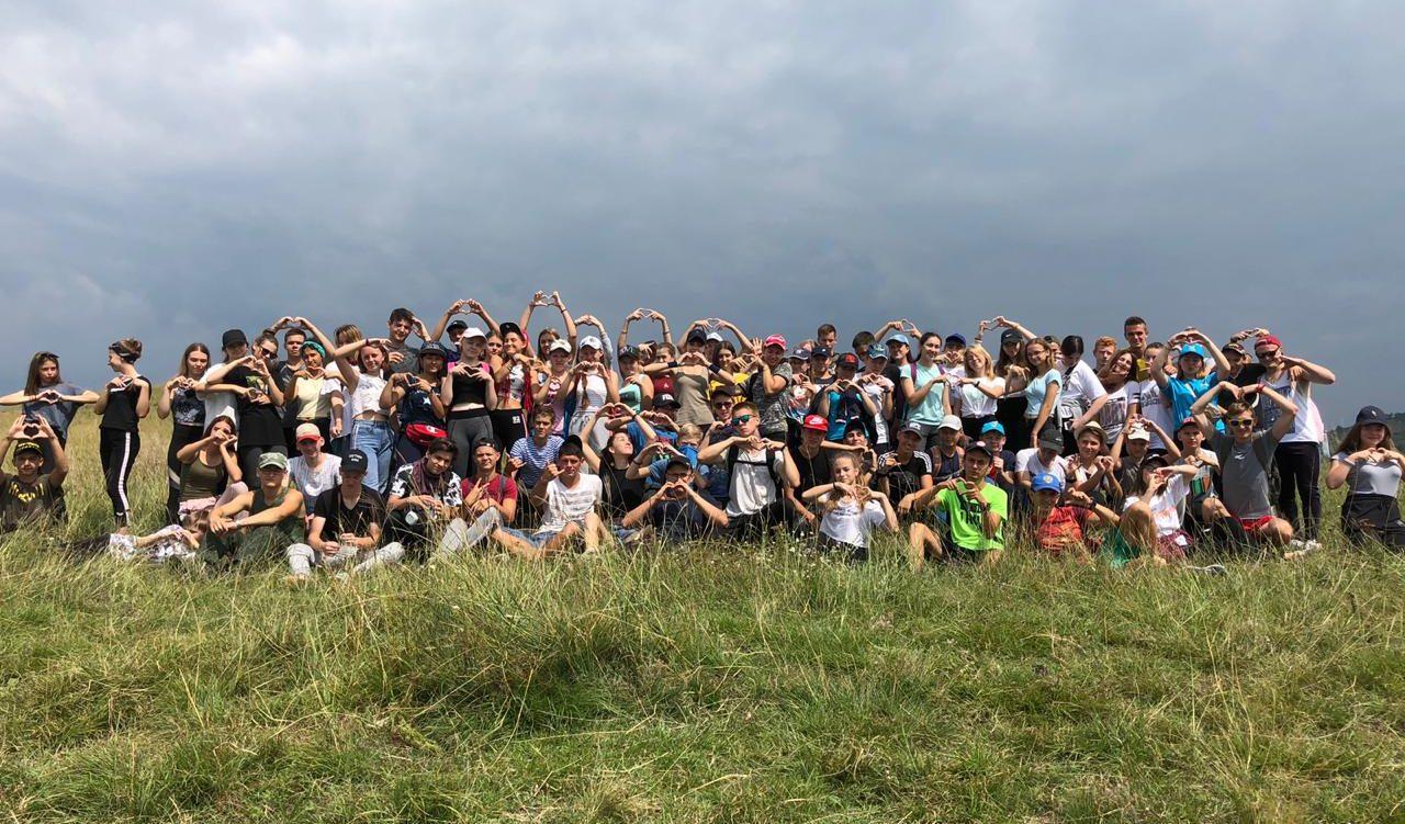Поход участников лагеря «Траектория» по окрестностям ст. Каладжинской