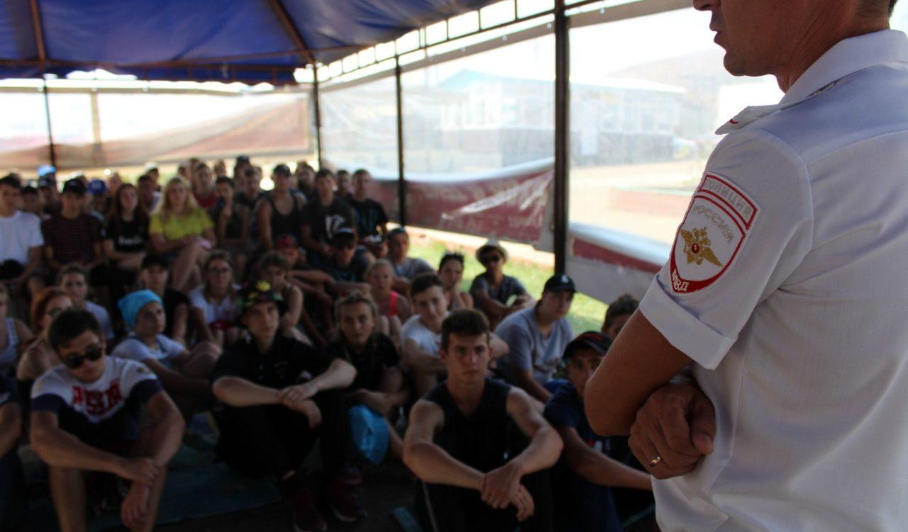 Стартовала 5 смена лагеря «Маяк» под названием «Творческая мастерская»